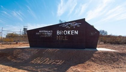 WElcome to Broken Hill sign